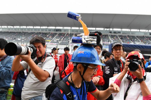 Fan and hat