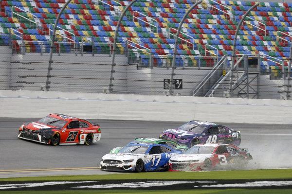 #17: Chris Buescher, Roush Fenway Racing, Ford Mustang #3: Austin Dillon, Richard Childress Racing, Chevrolet Camaro