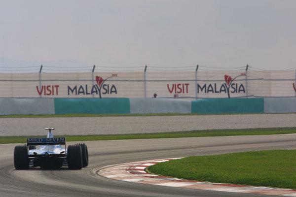 2001 Malaysian Grand Prix.Sepang, Kuala Lumpur, Malaysia. 16-18 March 2001.A rear shot of a Benetton B201 Renault. World Copyright - LAT Photographicref: 8 9MB DIGITAL IMAGE