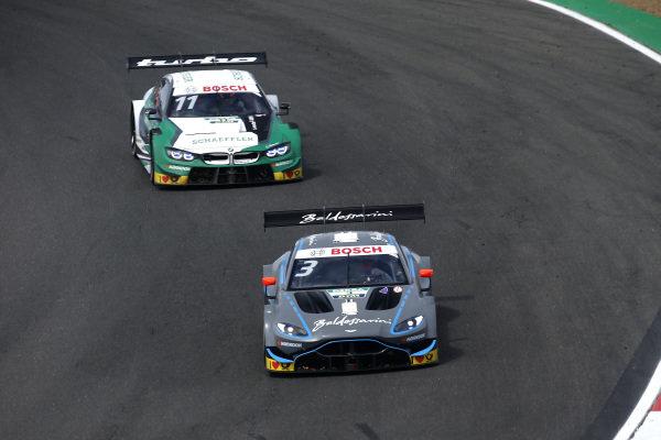 Paul Di Resta, R-Motorsport, Aston Martin Vantage AMR, Marco Wittmann, BMW Team RMG, BMW M4 DTM.