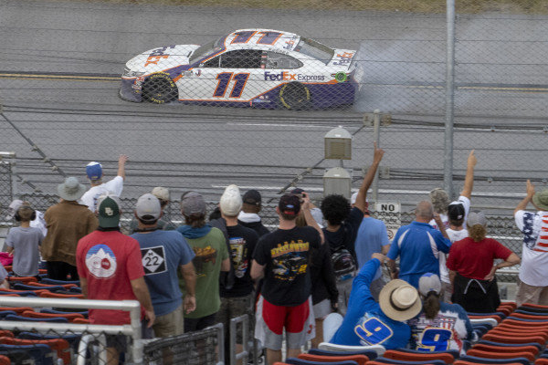 #11: Denny Hamlin, Joe Gibbs Racing, Toyota Camry FedEx Express celebrates his victory