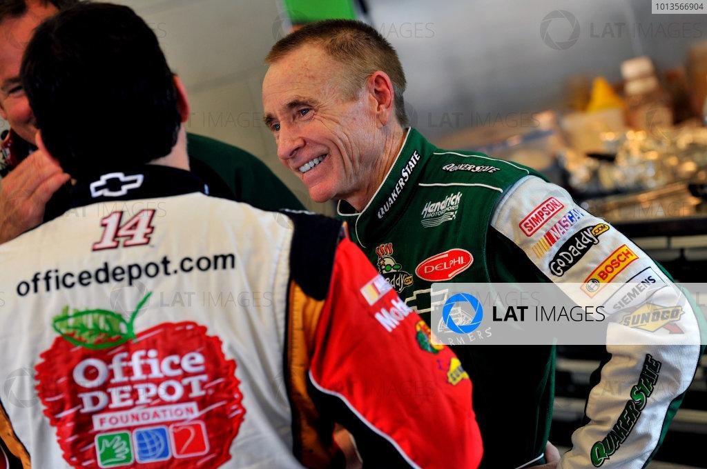 7-9 July, 2011, Sparta, Kentucky USAMark Martin and Tony Stewart(c)2011, LAT SouthLAT Photo USA