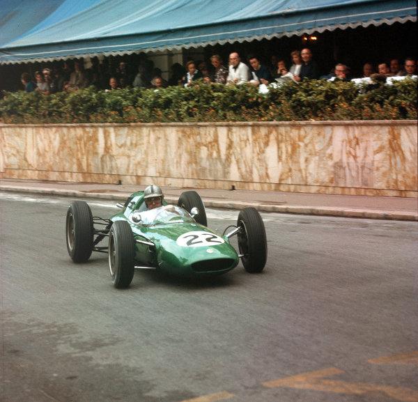 Monte Carlo, Monaco.31/5-3/6 1962.Jack Brabham (Lotus 24 Climax).Ref-3/0509.World Copyright - LAT Photographic