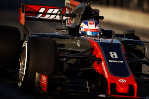 Circuit de Barcelona Catalunya, Barcelona, Spain. Thursday 02 March 2017. Romain Grosjean, Haas VF-17. World Copyright: Steven Tee/LAT Images ref: Digital Image _R3I7348
