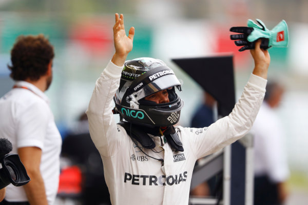 Suzuka Circuit, Japan. Saturday 08 October 2016. Nico Rosberg, Mercedes AMG, celebrates pole in Parc Ferme. World Copyright: Steven Tee/LAT Photographic ref: Digital Image _O3I6189