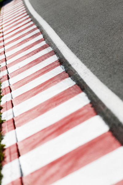 Circuit Gilles Villeneuve, Montreal, Canada. Thursday 4 June 2015. Kerbing. World Copyright: Alastair Staley/LAT Photographic. ref: Digital Image _R6T8430