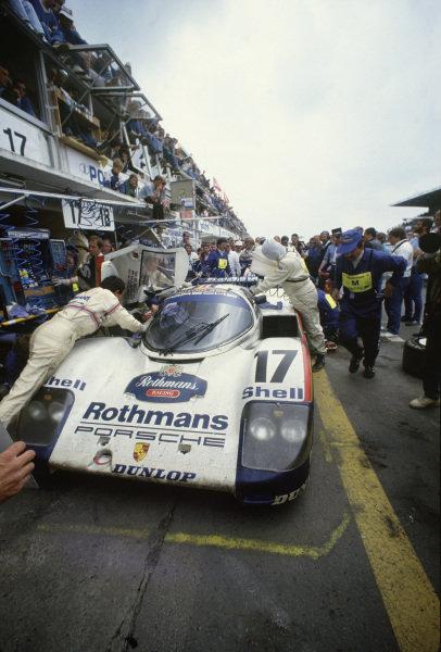 Le Mans, France. 11th - 12th June 1987. Hans-Joachim Stuck/Al Holbert/Derek Bell (  World Copyright: Murenbeeld/LAT Photographic Ref: 87LM