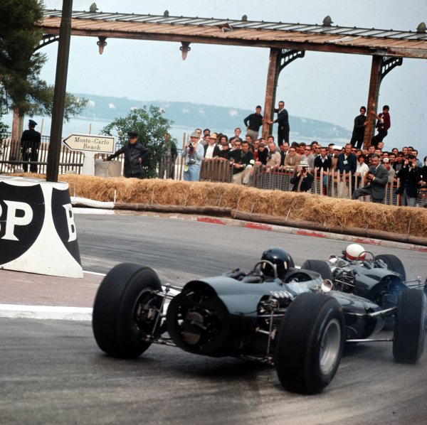 Monte Carlo, Monaco.28-30 May 1965.Jackie Stewart leads Graham Hill (both BRM P261). They finished in 3rd and 1st positions respectively.Ref-3/1618.World Copyright - LAT Photographic