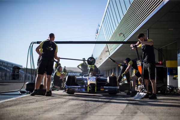 2017 FIA Formula 2 Round 10. Circuito de Jerez, Jerez, Spain. Thursday 5 October 2017. Pit stop practice with Nicholas Latifi (CAN, DAMS) car. Photo: Andrew Ferraro/FIA Formula 2. ref: Digital Image _FER8080