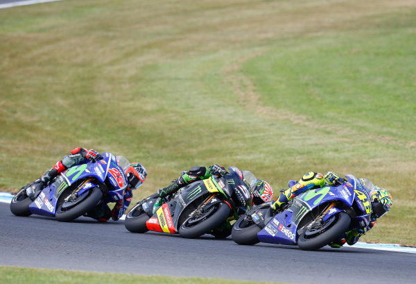 2017 MotoGP Championship - Round 16 Phillip Island, Australia. Sunday 22 October 2017 Valentino Rossi, Yamaha Factory Racing, Johann Zarco, Monster Yamaha Tech 3, Maverick Viñales, Yamaha Factory Racing World Copyright: Gold and Goose / LAT Images ref: Digital Image 24375
