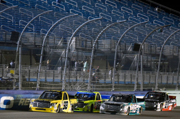NASCAR Camping World Truck Series Ford EcoBoost 200 Homestead-Miami Speedway, Homestead, FL USA Friday 17 November 2017 Grant Enfinger, Champion Power Equipment Toyota Tundra, Matt Crafton, Black Label Bacon/Menards Toyota Tundra and Ryan Truex, Chiba Toyopet Toyota Tundra World Copyright: Nigel Kinrade LAT Images
