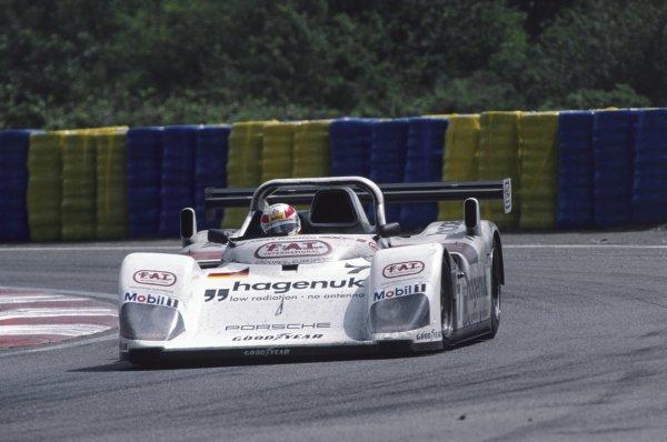 Le Mans, France. 14th - 15th June 1997. Tom Kristensen/Stefan Johansson/Michele Alboreto (TWR Porsche WSC 95), 1st position, action. World Copyright: LAT Photographic. Ref: 97LM01.