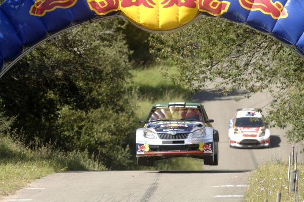 Juho Hanninen (FIN), Skoda Fabia S2000, followed closely by Martin Prokop (CZE), Ford Fiesta S2000, on stage 10.World Rally Championship, Rd9, ADAC Rally Deutschland, Trier, Germany. Day Two, Saturday 20 August 2011.