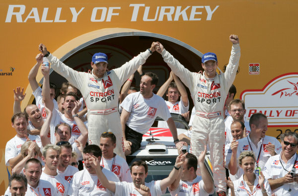 2004 FIA World Rally Champs. Round seven, Rally Turkey.24th- 27th June 2004.Sebastien Loeb, Citroen, podiumWorld Copyright: McKlein/LAT