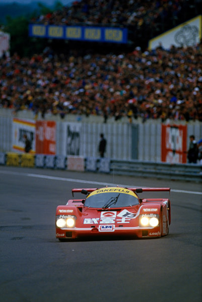 Le Mans, France. 10th - 11th June 1987.Jonathan Palmer/James Weaver/Price Cobb (Porsche 962C), retired, action. World Copyright: LAT Photographic.Ref: 87LM07.