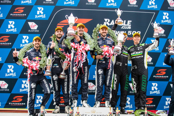 Shane van Gisbergen, Triple Eight Race Engineering Holden Jamie Whincup, Triple Eight Race Engineering Holden Craig Lowndes, Triple Eight Race Engineering Holden