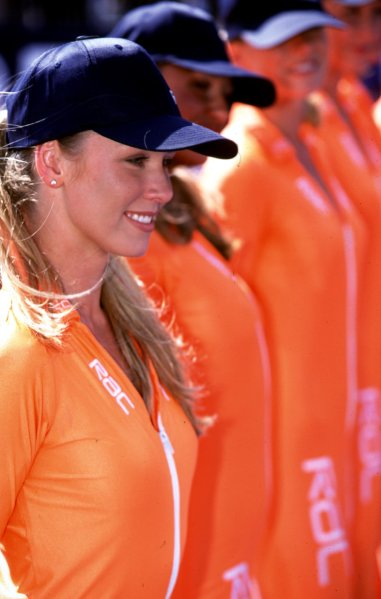 1999 British Grand Prix.Silverstone, England.9-11 July 1999.RAC grid girls.World Copyright - LAT Photographic