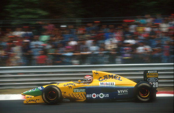 1991 Italian Grand Prix.Monza, Italy.6-8 September 1991.Nelson Piquet (Benetton B191 Ford) 6th position. This was his 200th Grand Prix start.Ref-91 ITA 23.World Copyright - LAT Photographic