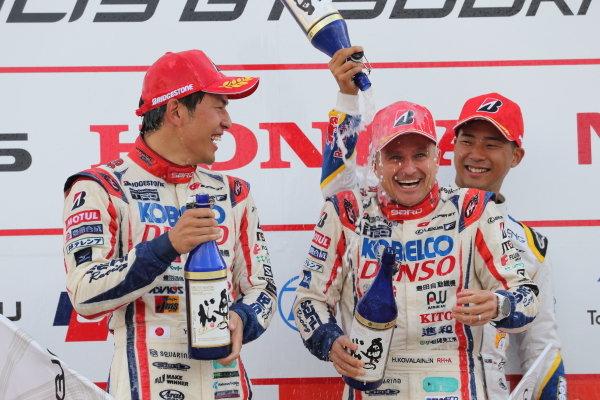 GT500 winner Heikki Kovalainen & Yuichi Nakayama ( #39 DENSO KOBELCO SARD LC500 )