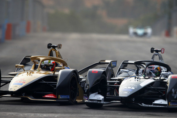 Antonio Felix da Costa (PRT), DS Techeetah, DS E-Tense FE20, battles with Brendon Hartley (NZL), GEOX Dragon, Penske EV-4.