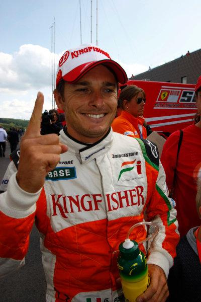 Spa-Francorchamps, Spa, Belgium29th August 2009.Giancarlo Fisichella, Force India VJM02 Mercedes, celebrates pole position. Portrait. World Copyright: Charles Coates/LAT Photographicref: Digital Image _26Y8887