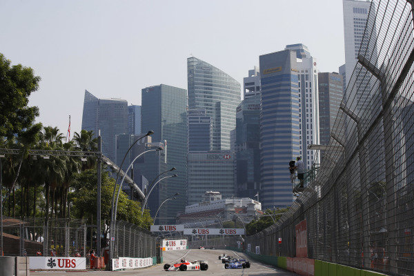Marina Bay Circuit, Singapore. Sunday 21 September 2014. Action from race 2 of the Masters Historic Grand Prix support race. World Copyright: Charles Coates/LAT Photographic. ref: Digital Image _J5R7378