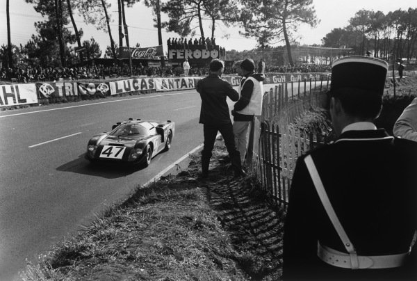 Le Mans, France. 28 - 29 September 1968 Andrew Hedges/Clive Baker (Healey SR Climax), retired, action. World Copyright: LAT Photographic Ref:  L68 - 900 - 6.