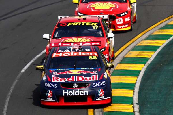 Australian Supercars Series Albert Park, Melbourne, Australia. Friday 24 March 2017. Race 1. Jamie Whincup, No.88 Holden Commodore VF, Red Bull Holden Racing Team, leads Scott McLaughlin, No.17 Ford Falcon FG-X, Shell V-Power Racing Team. World Copyright: Zak Mauger/LAT Images ref: Digital Image _56I4745