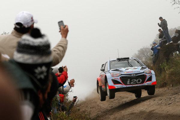 Thierry Neuville (BEL) / Nicolas Gilsoul (BEL) Hyundai i20 WRC. FIA World Rally Championship, Rd5, Rally Argentina, Day Two, Cordoba-Villa Carlos Paz, Argentina, 10 May 2014.