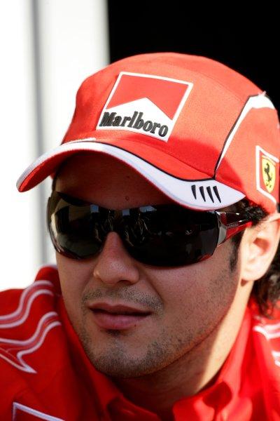 2006 Bahrain Grand Prix - Thursday PreviewBahrain International Circuit, Sakhir, Bahrain9th - 12th March.New Ferrari driver Felipe Massa, Ferrari 248 F1. Portrait. World Copyright: Charles Coates/LAT Photographicref: Digital Image ZK5Y5822.