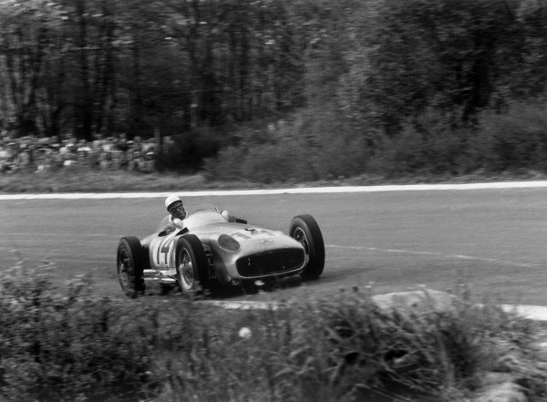 Spa-Francorchamps, Belgium. 3rd - 5th June 1955. Stirling Moss (Mercedes-Benz W196), 2nd position, action.World Copyright: LAT PhotographicRef: 299 - 20A.