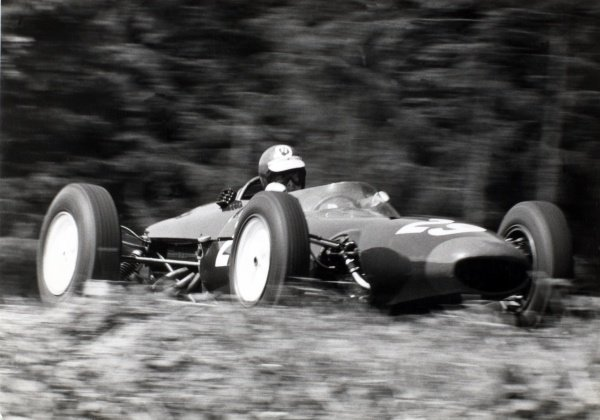 1964 Belgian Grand Prix.  Spa-Francorchamps, Belgium. 12-14th June 1964.  Peter Revson, Lotus 24 BRM, disqualified for a push start.  World Copyright - LAT Photographic ref: B/W Print