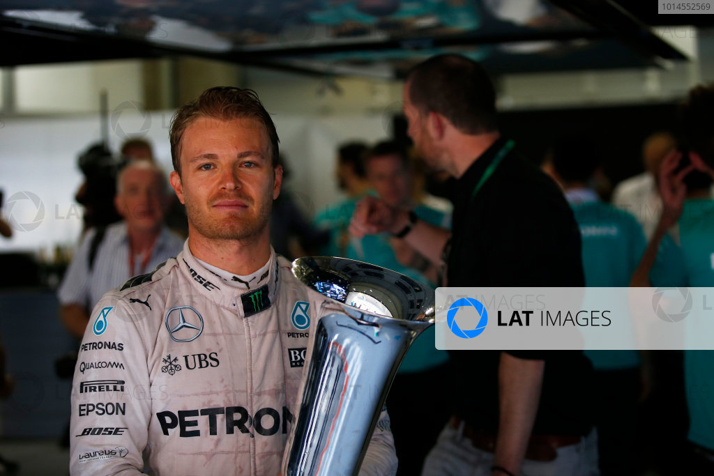 Shanghai International Circuit, Shanghai, China. Sunday 17 April 2016. Nico Rosberg, Mercedes AMG, 1st Position, with his trophy. World Copyright: Sam Bloxham/LAT Photographic ref: Digital Image _L4R6241