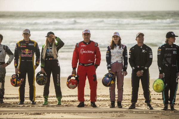 Kevin Hansen (SWE), JBXE Extreme-E Team, Christine 'GZ' Giampaoli Zonca (ESP), Hispano Suiza Xite Energy Team, Carlos Sainz (ESP), Acciona | Sainz XE Team, Catie Munnings (GBR), Andretti United Extreme E, Sebastien Loeb (FRA), X44, and Molly Taylor (AUS), Rosberg X Racing, on the beach