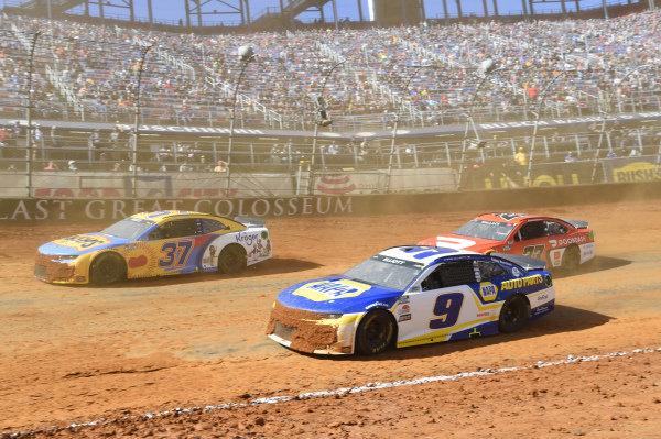 #9: Chase Elliott, Hendrick Motorsports, Chevrolet Camaro NAPA Auto Parts, #37: Ryan Preece, JTG Daugherty Racing, Chevrolet Camaro BUSH'S Beans/Kroger