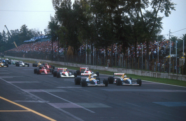 1991 Mexican Grand Prix.Mexico City, Mexico.14-16 June 1991.Nigel Mansell leads teammate Riccardo Patrese (both Williams FW14 Renault's), Ayrton Senna, Gerhard Berger (both McLaren MP4/6 Honda's), Jean Alesi, Alain Prost (both Ferrari 642's) at the start.Ref-91 MEX 01.World Copyright - LAT Photographic