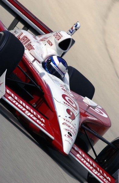 2003 IRL IndyCar Homestead, 2/28-3/2,2003, Homestead-Miami Speedway, USA Scott Dixon dives into turn three.World Copyright-F Peirce Williams 2003 LAT Photographicref: Digital Image Only