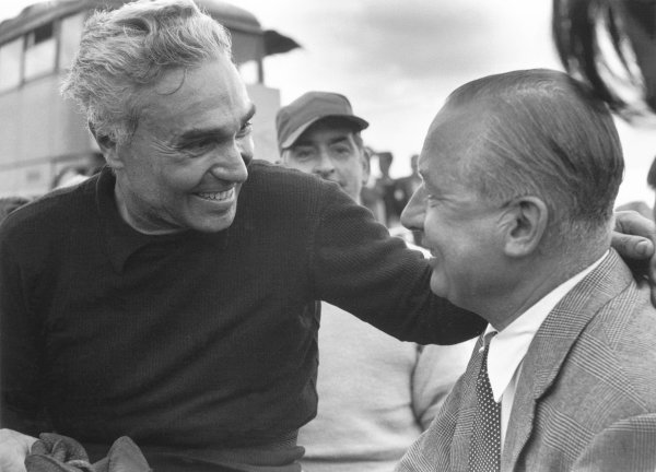 1952 World Championship.British Grand Prix.Piero Taruffi chats to Tony Vandervell portrait.World Copyright: LAT Photographic.ref: 52/38 28A, 50mb Scan.