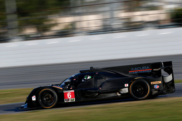 2017 WeatherTech Sportscar Championship December Daytona Testing Wednesday 6 December 2017 #6 Team Penske Acura DPi: Juan Pablo Montoya, Dane Cameron, Simon Pagenaud  World Copyright: Alexander Trienitz/LAT Images  ref: Digital Image 2017-IMSA-Test-Dayt-AT2-1126