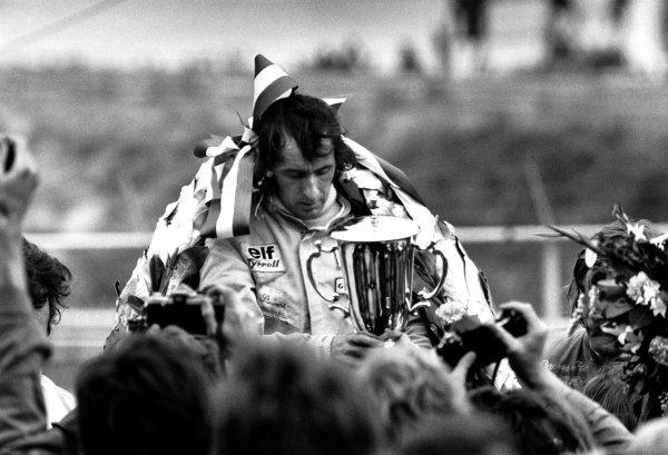 1973 Dutch Grand Prix.Zandvoort, Holland. 27th - 29th July 1973.Jackie Stewart (Tyrrell 006-Ford Cosworth), 1st position, podium.World Copyright: LAT Photographic