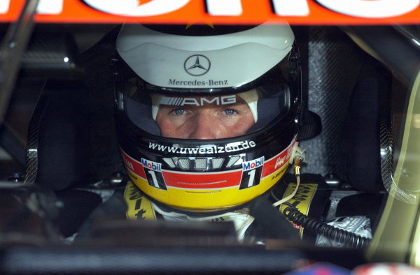 Uwe Alzen (GER) Warsteiner AMG Mercedes CLK.DTM Championship, Rd9, Zandvoort, Holland. 29 September 2002.DIGITAL IMAGE