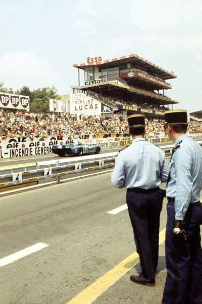 1974 Le Mans 24 hours.Le Mans, France. 15-16 June 1974.Gendarmes watch Henri Pescarolo/Gerard Larrousse (Matra-Simca MS670B), 1st position, in front of the main grandstand.World Copyright: LAT PhotographicRef: 35mm transparency 74LM09