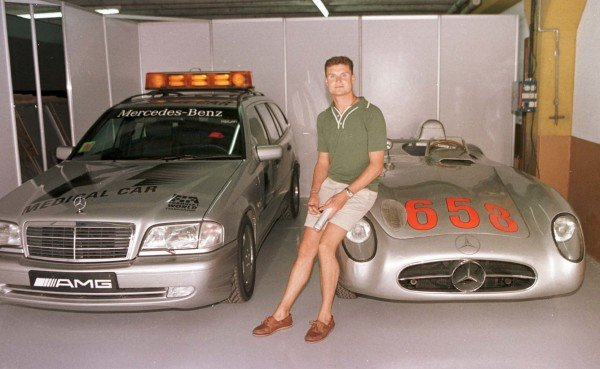 1998 Argentinian Grand Prix.Buenos Aires, Argentina.10-12 April 1998.David Coulthard (McLaren Mercedes-Benz) with the historic Mercedes-Benz 300SL and the F1 safety car.World Copyright - Elford/LAT Photographic