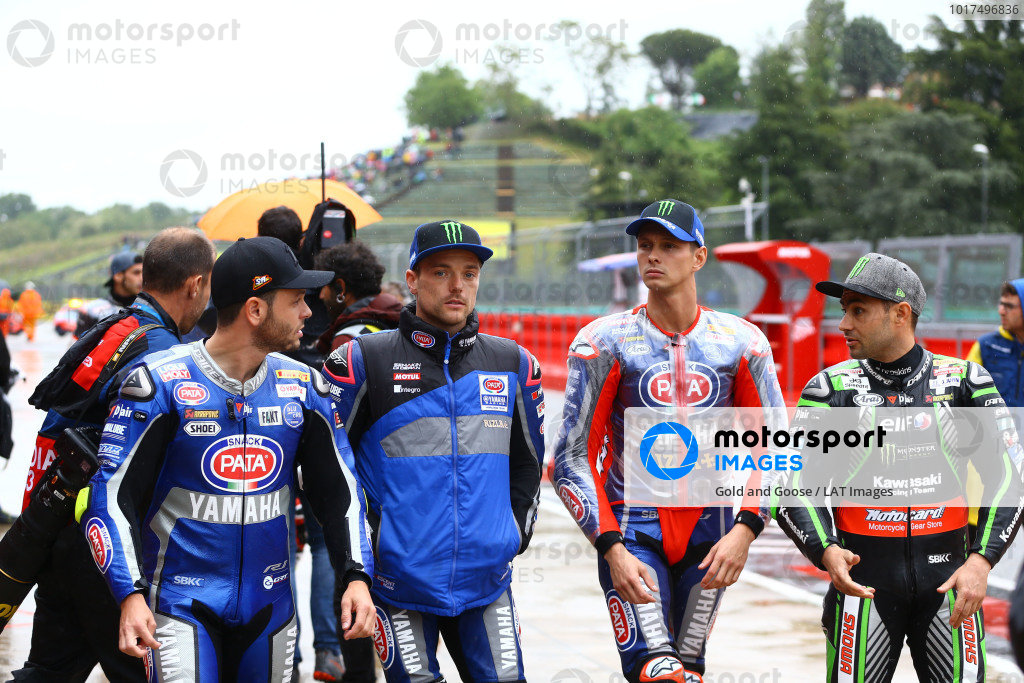 Cortes, Alex Lowes, Pata Yamaha, Michael van der Mark, Pata Yamaha, Leon Haslam, Kawasaki Racing Team leaving riders briefing.