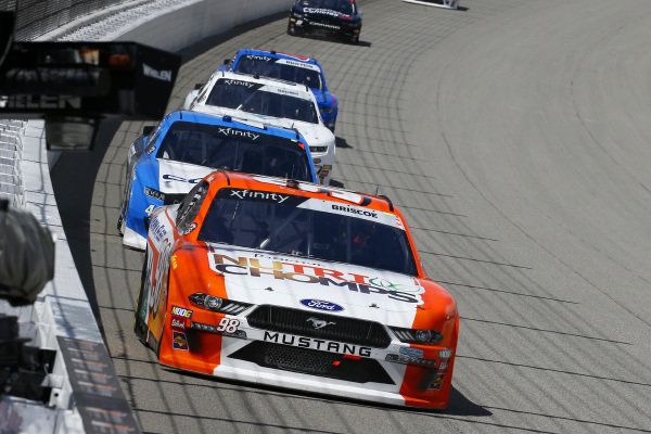 #98: Chase Briscoe, Stewart-Haas Racing, Ford Mustang Nutri Chomps/Blain's Farm & Fleet and #4: Ross Chastain, JD Motorsports, Chevrolet Camaro Contec