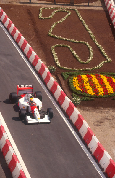 1992 Spanish Grand Prix.Catalunya, Barcelona, Spain.1-3 May 1992.Ayrton Senna (McLaren MP4/7A) 9th position.Ref-92 ESP 10.World Copyright - LAT Photographic
