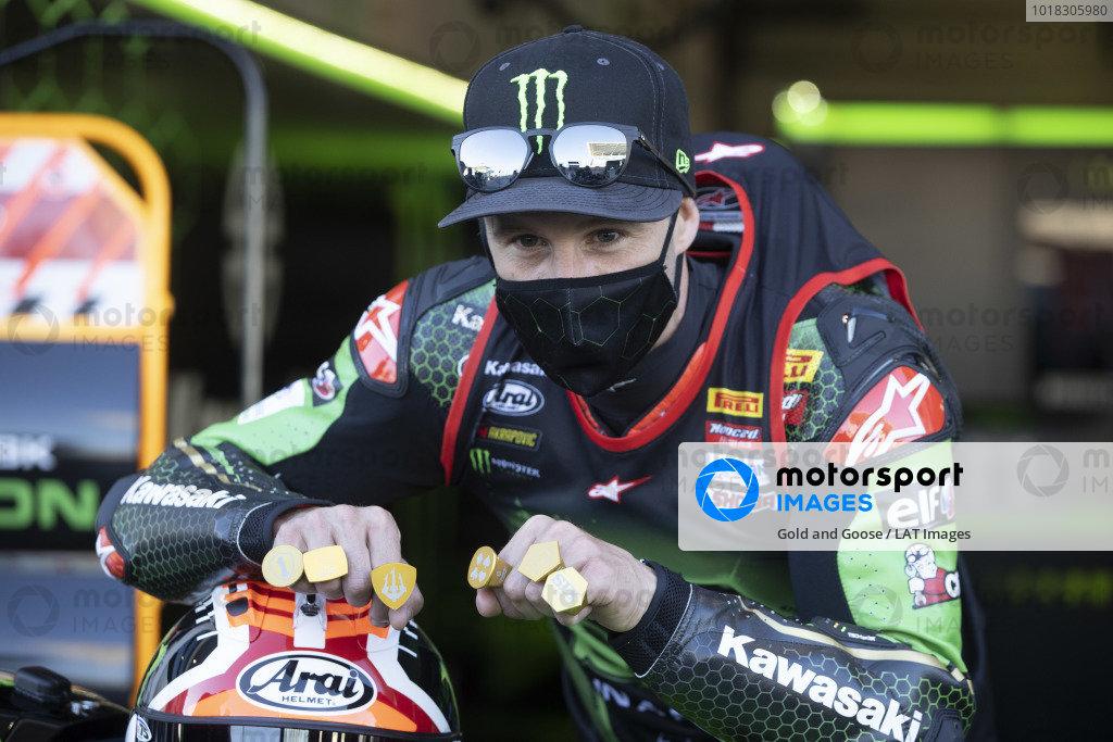 Jonathan Rea, Kawasaki Racing Team celebrates his sixth World Championship, with six gold rings.