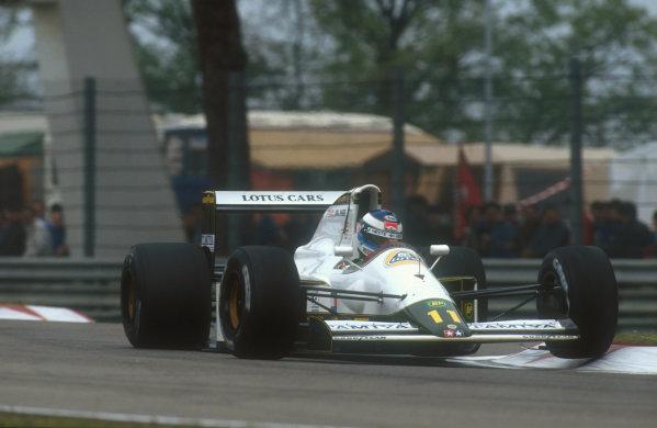 1991 San Marino Grand Prix.Imola, Italy.26-28 April 1991.Mika Hakkinen (Lotus 102B Judd) 5th position.Ref-91 SM 36.World Copyright - LAT Photographic