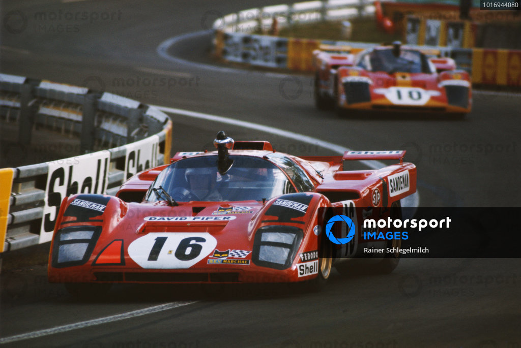 Chris Craft / David Weir, David Piper, Ferrari 512 M, leads Georg Loos / Franz Pesch, Ferrari 512M.