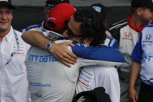 #10: Alex Palou, Chip Ganassi Racing Honda, Dario Franchitti